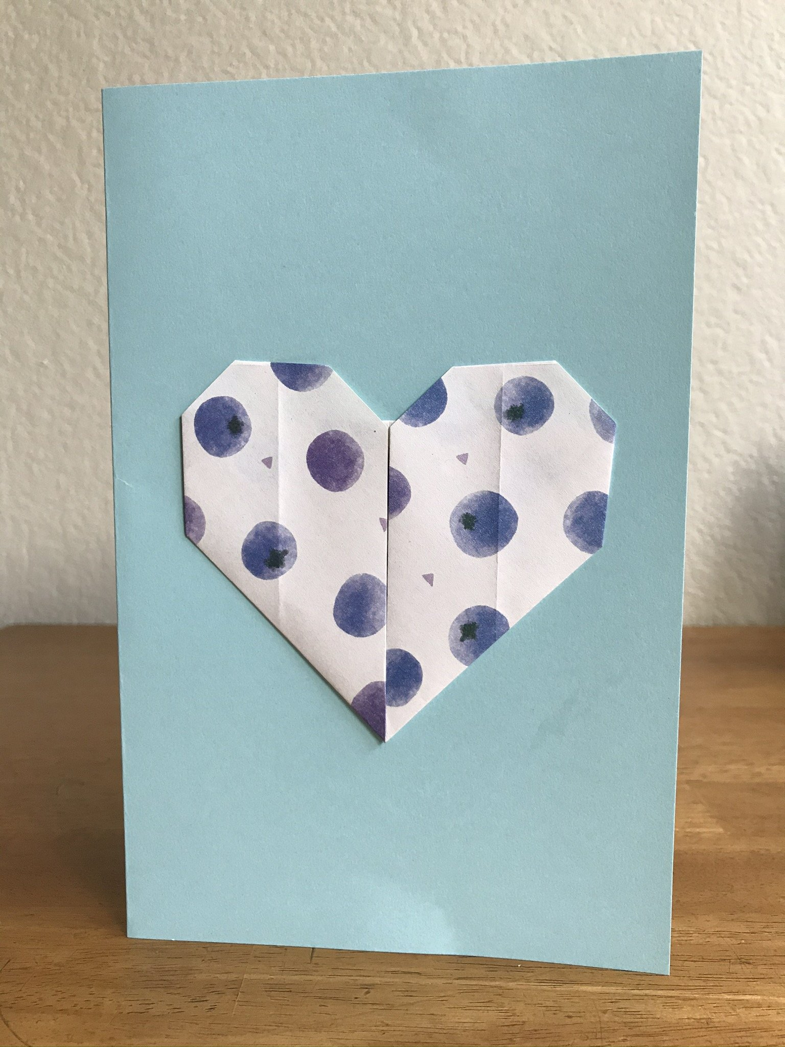 How To Decorate A Card With An Easy Origami Heart