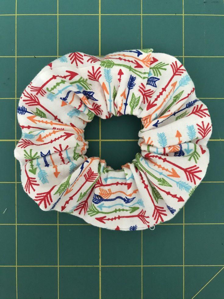 Make a fabric scrunchie from fabric scraps