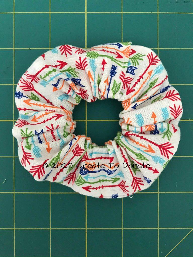 Finished fabric scrunchie using fabric scraps
